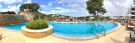 Artiem Audax Adults Only : Poolside