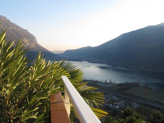 Park Hotel Rovio-Albergo del Parco: autre vue du balcon