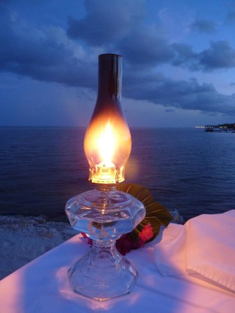 Ocean House: Romantic Beach Dinner