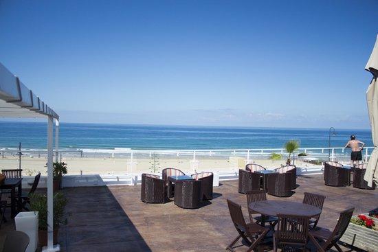Hotel Conil Park: Terraza Bar Piscina