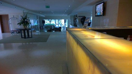 Melia Madeira Mare Resort & Spa: Réception
