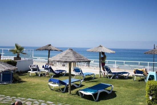 Hotel Conil Park: Terraza ajardinada con Vistas al Mar