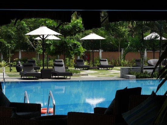 Vasundhara Sarovar Premiere: swiming pool