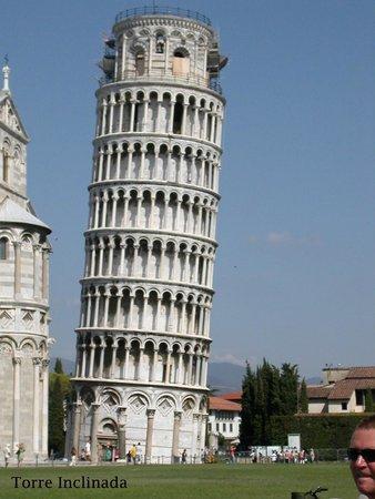 Der Schiefe Turm von Pisa: Tore de Pisa