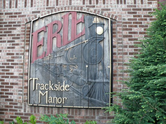 Erie Hotel: Sign