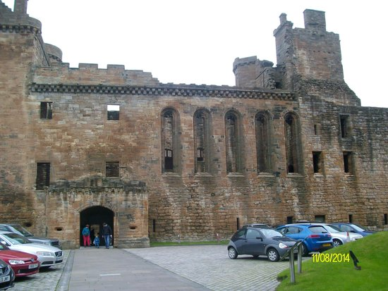 Star & Garter Hotel: linlithgow palace-just along the high street from hotel