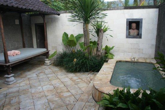 """The Damai : Le jacuzzi privatif (villa""""luxe"""")"""