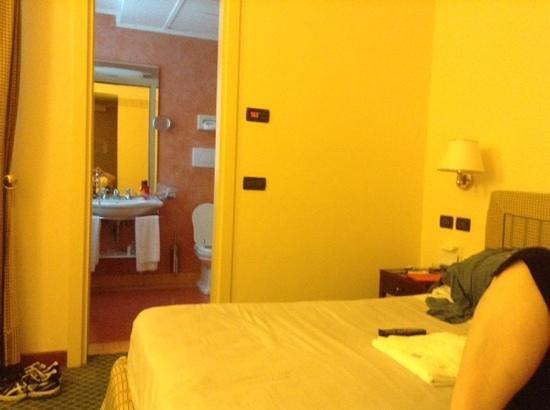 Hotel Sirmione: Room 208