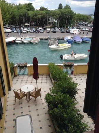Hotel Sirmione: front view room 208