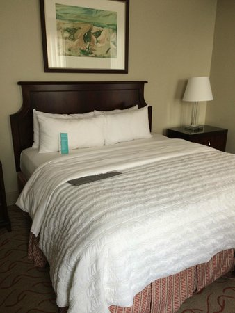 Le Meridien Dallas, The Stoneleigh: Bed