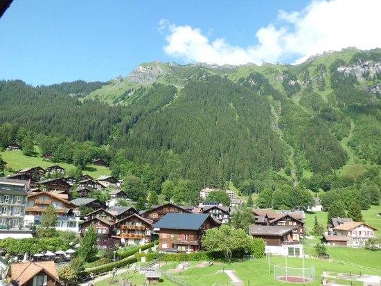 Sunstar Alpine Hotel Wengen: Room view