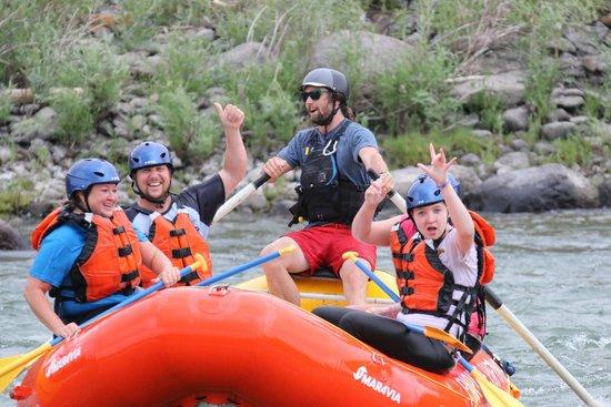 Paradise Adventure Company : Matt Rocks it out!