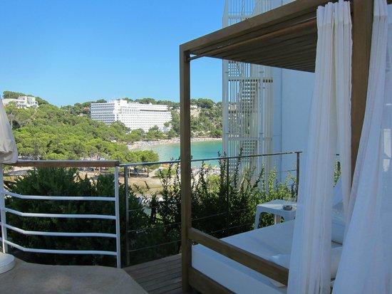 Artiem Audax Adults Only: Vistas desde la piscina a Cala Galdana