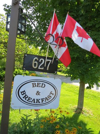 627 on King Bed and Breakfast: 627 On King