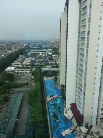 HARRIS Hotel & Conventions Kelapa Gading Jakarta : View from my room...