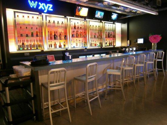 Aloft Brussels Schuman Hotel : bar