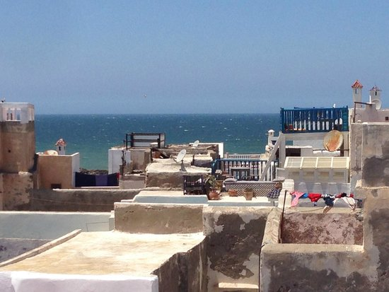 Riad Watier : sea view from terrace
