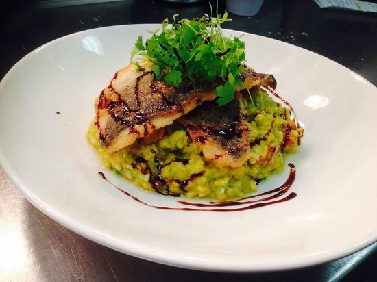 South Beach Cafe: Wild sea bass with pea and chorizo risotto