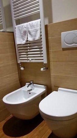 Borgo Antico Hotel: Banheiro