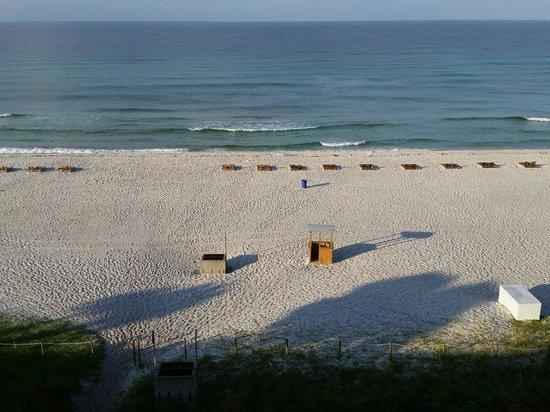 Beachside Resort : Morning view from balcony