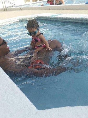 Beachside Resort Panama City Beach: Fun time in the kiddie pool