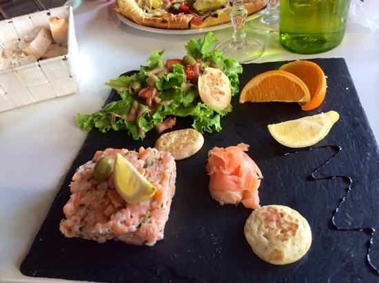Salmon Tartare at Le Petit Bouchon