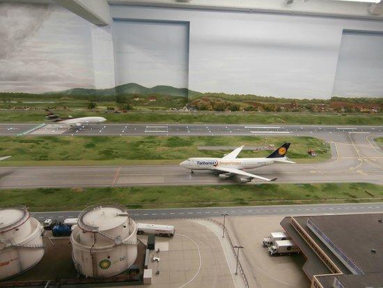 Miniatur Wunderland : Siegerflieger in Knuffingen