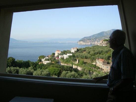Grand Hotel Vesuvio: Vista desde el balcón...fabulosa