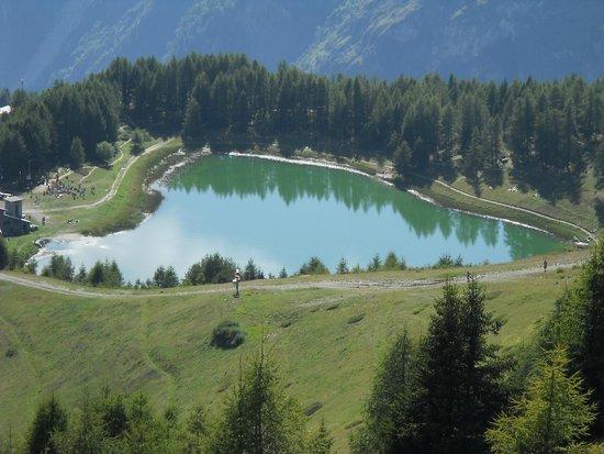 Chamois, Italy: Lago Lod, bellissimo