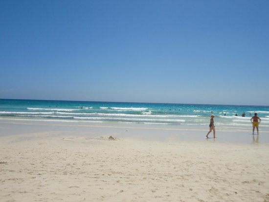 Atlantic Garden Beach Mate: Gorgeous beach near the Riu hotel in the national park