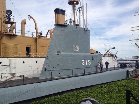 Independence Seaport Museum : Рубка лодки