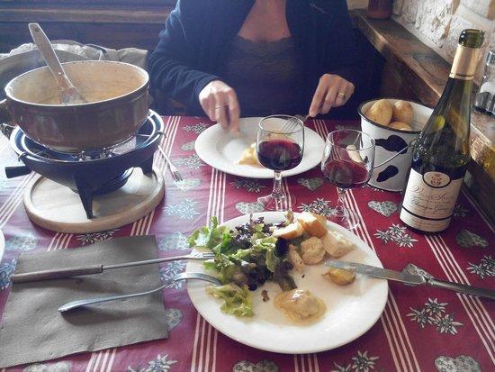 L'alpage: fondue aux cèpes... Aussi delicieuse que genereuse et copieuse...