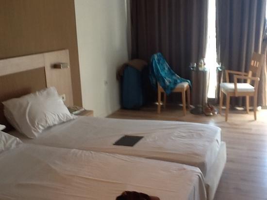 Aktia Lounge Hotel & Spa : chambre