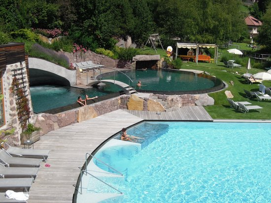 Hotel Adler Dolomiti Spa & Sport Resort : piscines d'eau salée