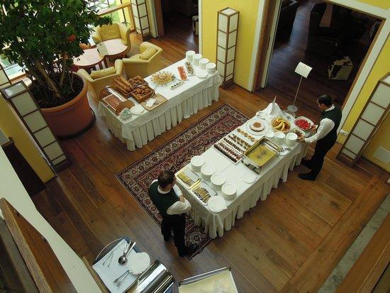 Hotel Adler Dolomiti Spa & Sport Resort : buffet goûter
