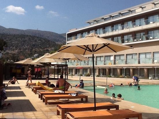 Aktia Lounge Hotel & Spa : piscine famille