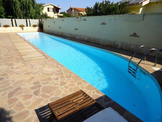 Gentarrubia: The pool