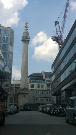 The Monument to the Great Fire of London : Compare this view with the one on your certificate