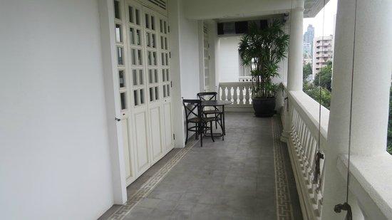 The Cabochon Hotel : balcony