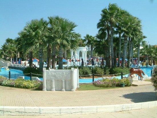 WaterWorld Waterpark: Inside the waterpark