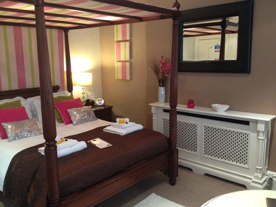 The Bath House: Room 2