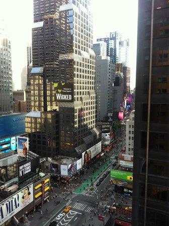 Novotel New York Times Square: Vue de notre chambre !