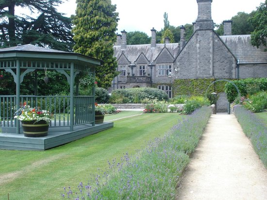 Callow Hall Hotel: beautiful setting