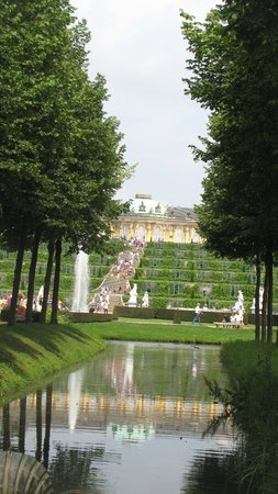 Sanssouci Palace: Palace front as seen from the dow under gardens