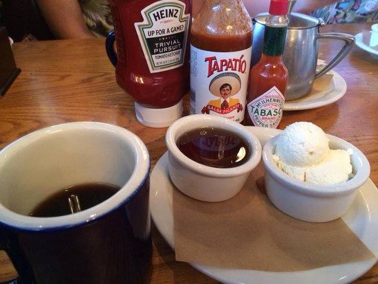 The Kettle: Coffee, syrup and hot sauce
