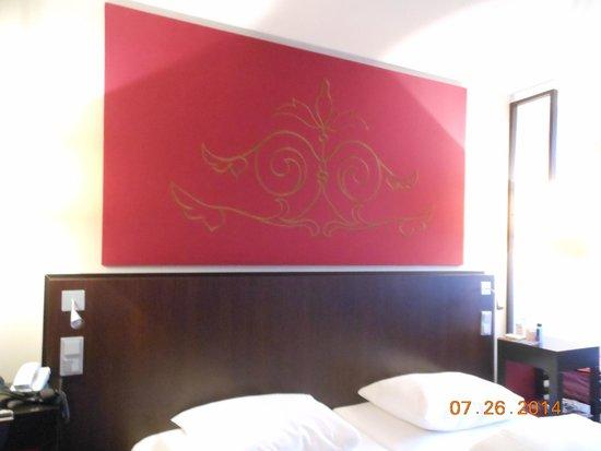 Mercure Hotel München City Center: headboard