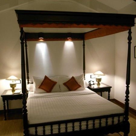 Angkor Village Resort: ベッド