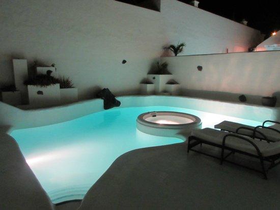 Bahiazul Villas & Club : Pool at night
