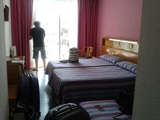 Don Juan Tossa: habitación