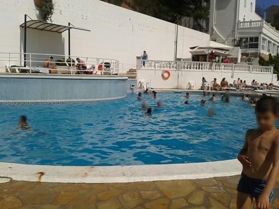 Don Juan Tossa: piscina